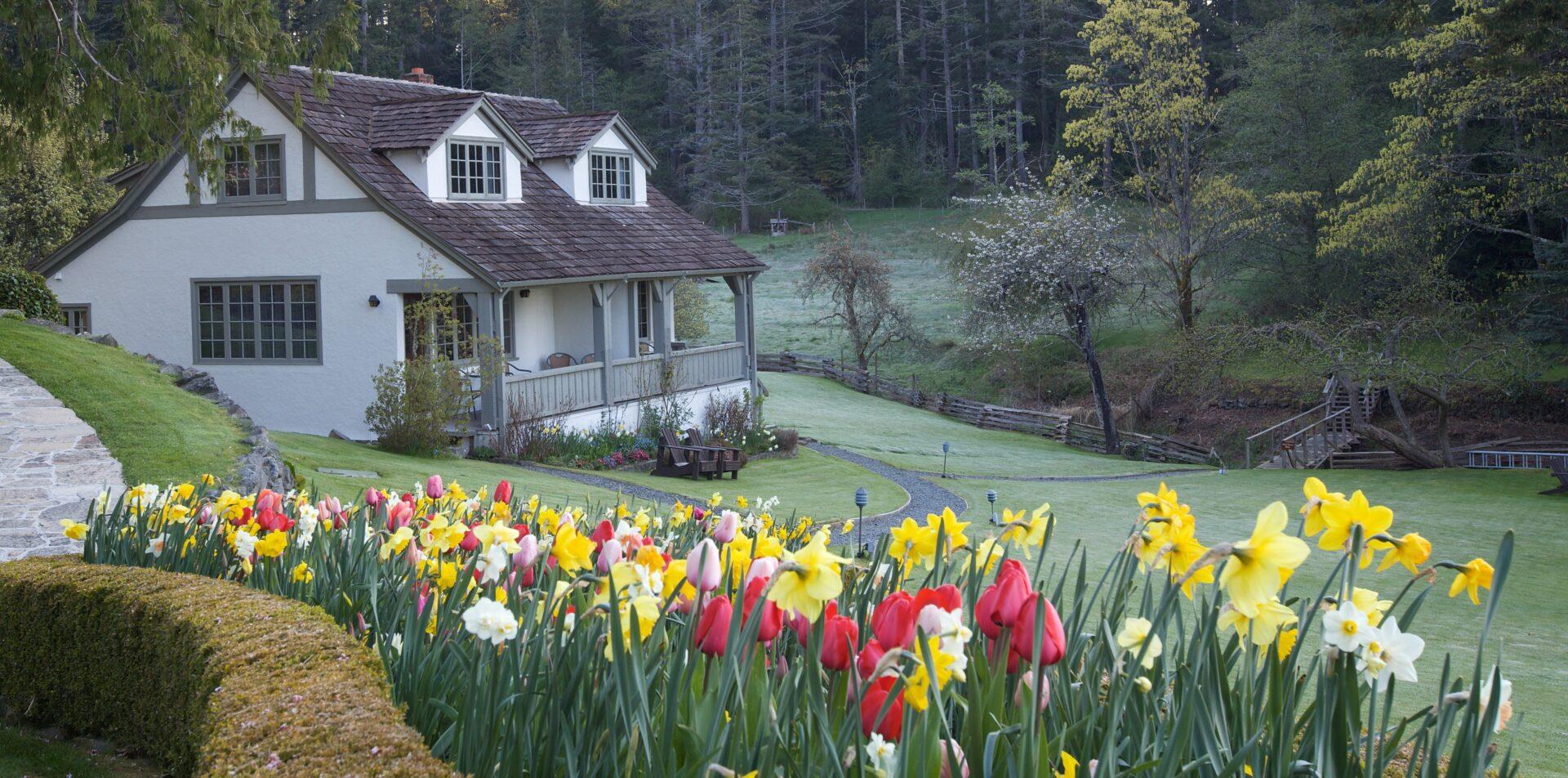 Hastings House Farmhouse Suites